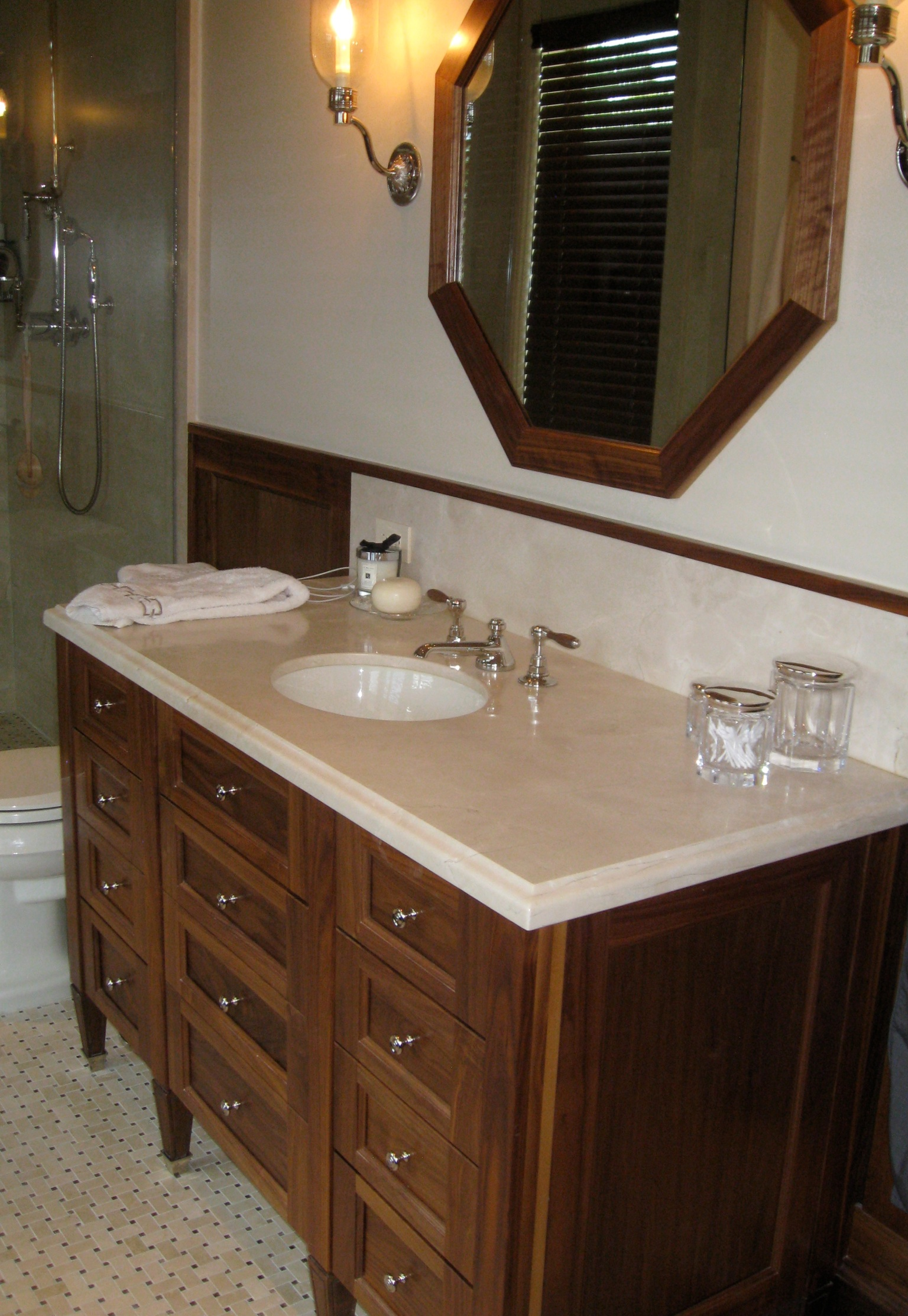 Custom bathroom cabinets miami 002 j j cabinets for Custom bathroom cabinets