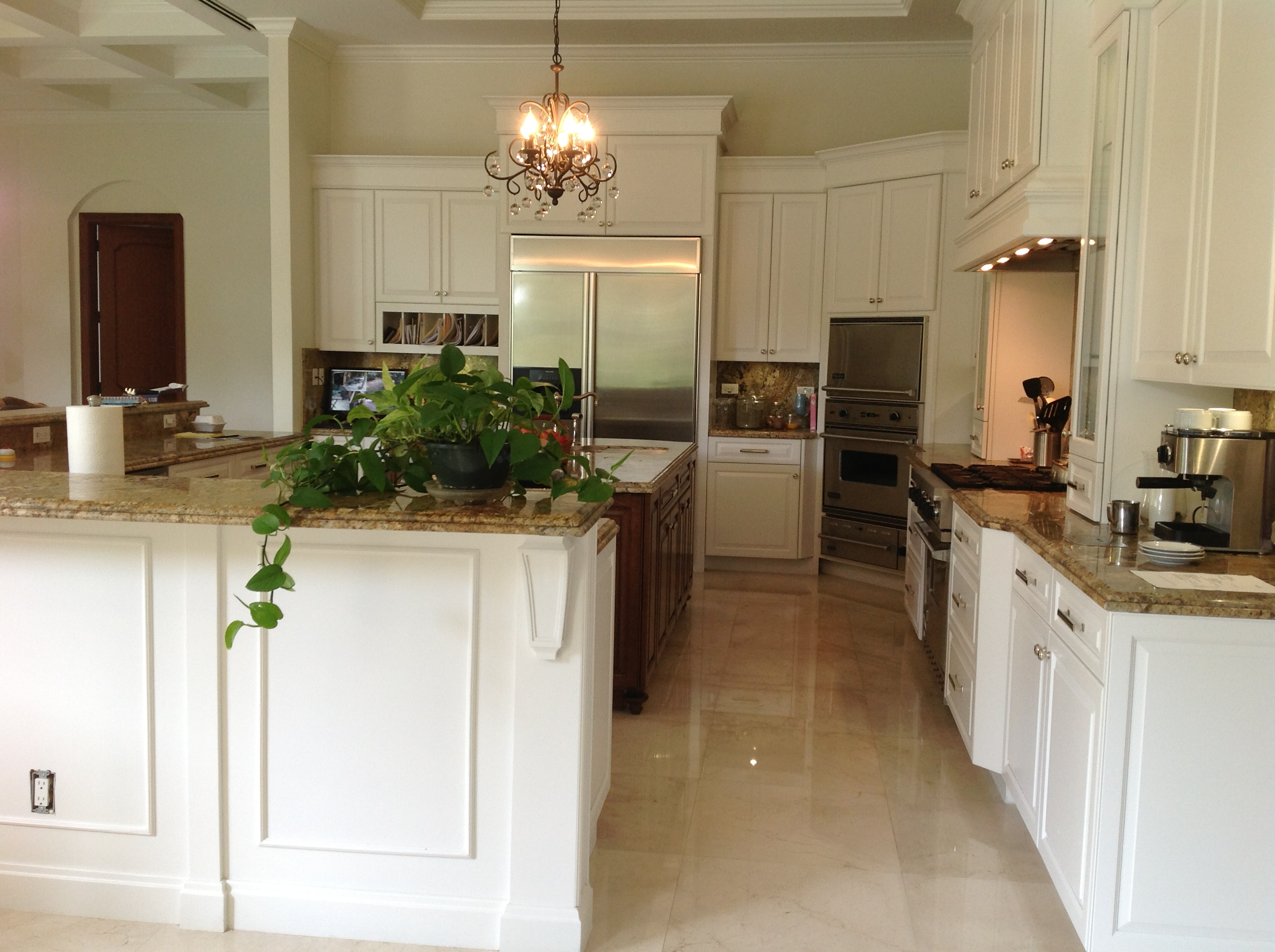 Custom kitchen cabinets kendall 010